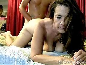 Kinky enjoys deep anal fucking
