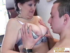Russian granny gets fucked on the kitchen table