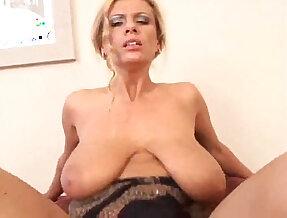 Veronica Gold Busty milf