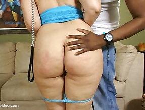Sexy Booty Girl Crawls To Fuck Black Cock