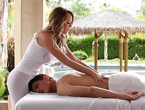 I fucked my masseuse